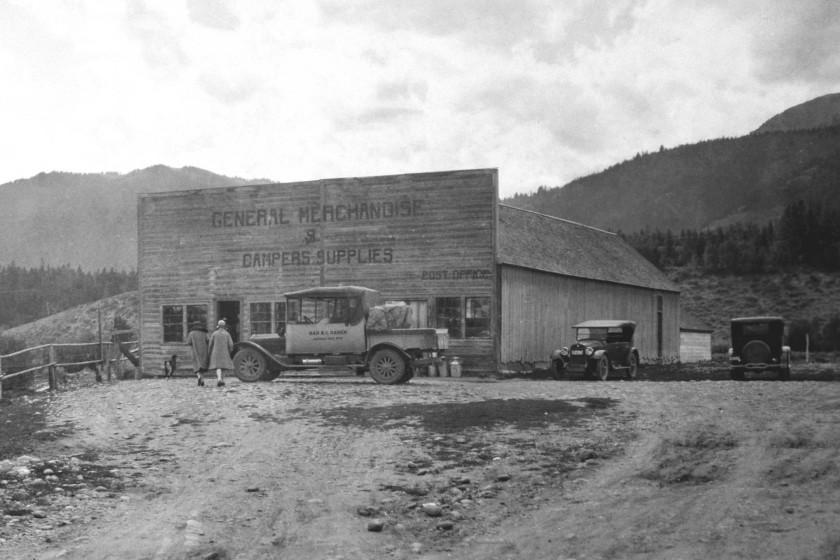 Spotlight on Wilson, Wyoming - Jackson Hole Traveler